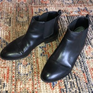 GUC Franco Sarto Black Leather Booties Size 9.5